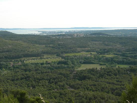 Ventabren, ฝรั่งเศส: View from the terras