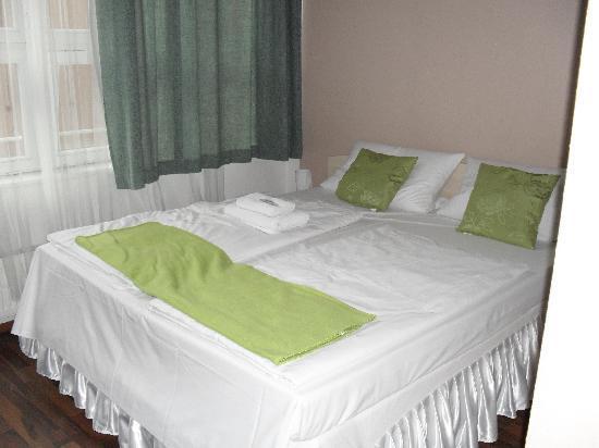 Hotel & Hostel Friedrichshain: Chambre