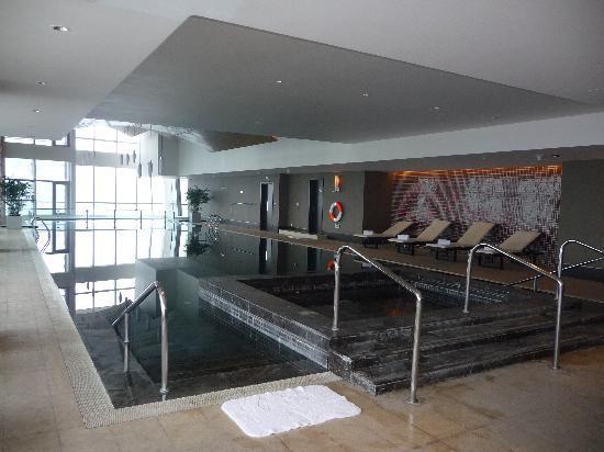โรงแรมเรอเนสซองซ์ ปักกิ่ง แคพปิตอล: Pool