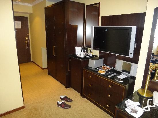Hilton Moscow Leningradskaya: hotel room
