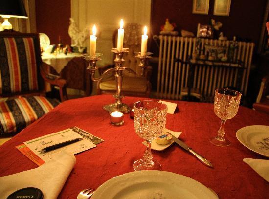 Le Chateau de l'Abbaye: Diner aux chandelles