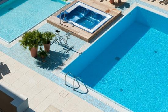 Hotel Derby Exclusive: piscine
