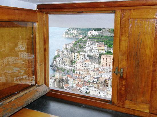 Bed and breakfast Villa Marietta: Desde la ventana de nuestra habitación