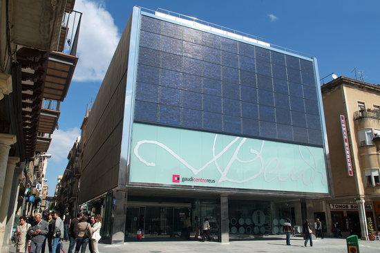 Gaudi Centre Reus : Fachada principal