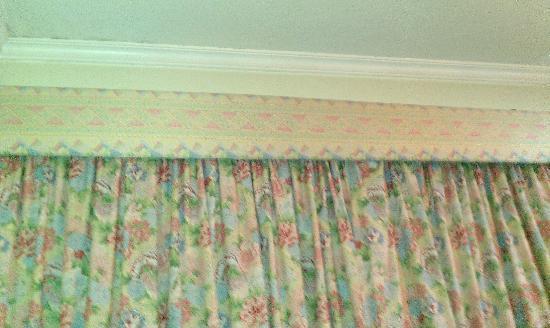 Monaco Hotel: cortinas horribles de la habitación