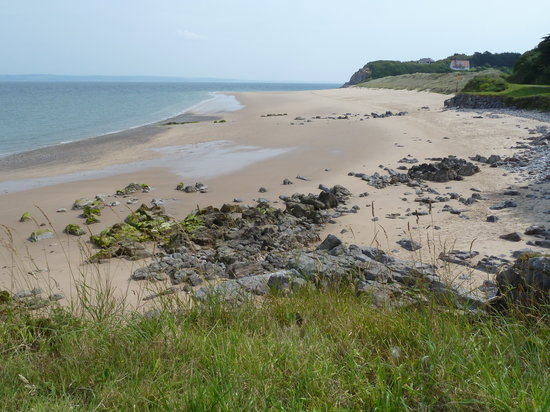 Caldey Island, UK: The unspoilt Priory Beach