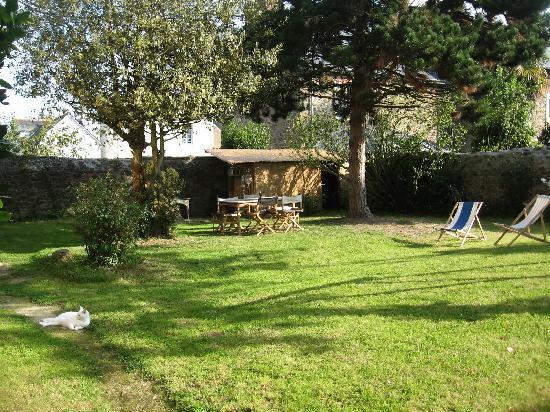 Villa Athanaze: Garden
