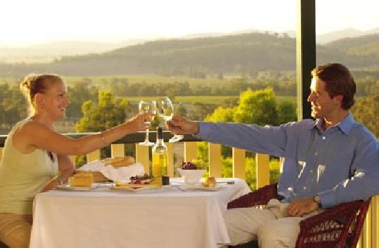 The Mudgee Homestead Guesthouse: Spectacular Mudgee Valley & Vineyard Views