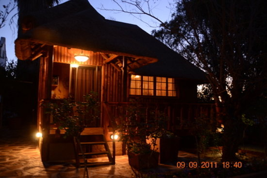 Prieska, South Africa: Outside cottage