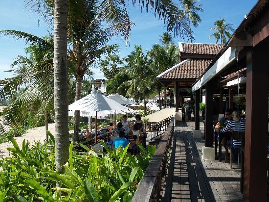 อนันตรา ลาวาน่า รีสอร์ท แอนด์ สปา: レストランocean kissでの朝食風景