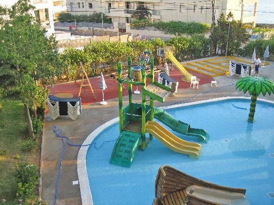Fiesta Hotel Tanit: Kids pool from Room 114