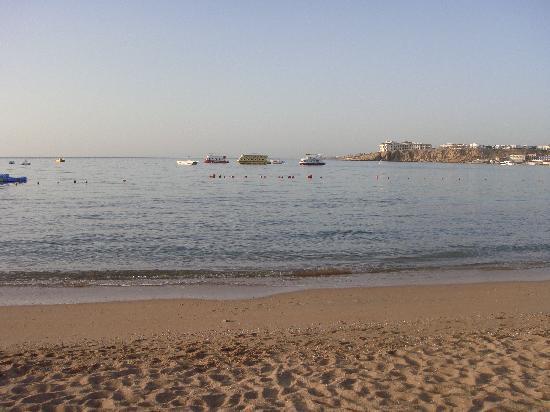 Sharm El Sheikh Marriott Resort: Private Beach at Marriott Beach