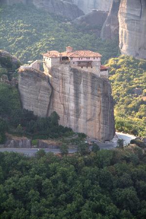 เมทิโอร่า: this is the 4th convent you visit by then the magic is at it's highest