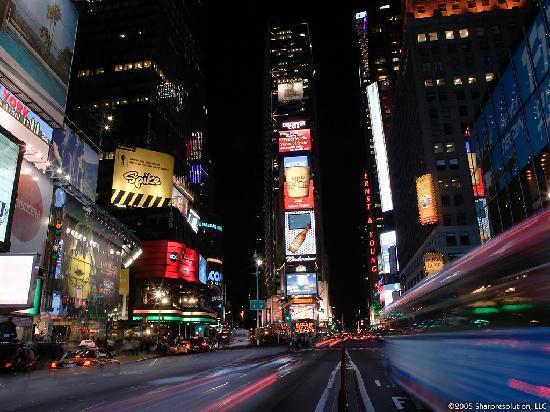 Hampton Inn Manhattan-Times Square North: Time Square