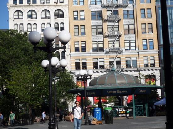 Union Square: ユニオンスクエアの地下鉄駅の入口