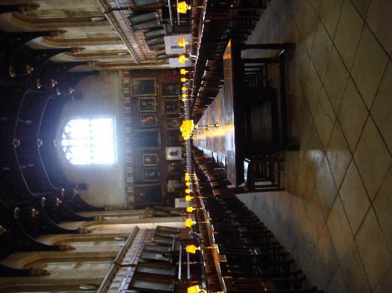 British Tours - Day Tours from London: The hall used as Hogwarts' Great Hall