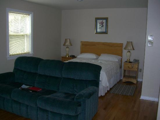 Point of View Suites at Louisbourg Gates: Point of View Suites