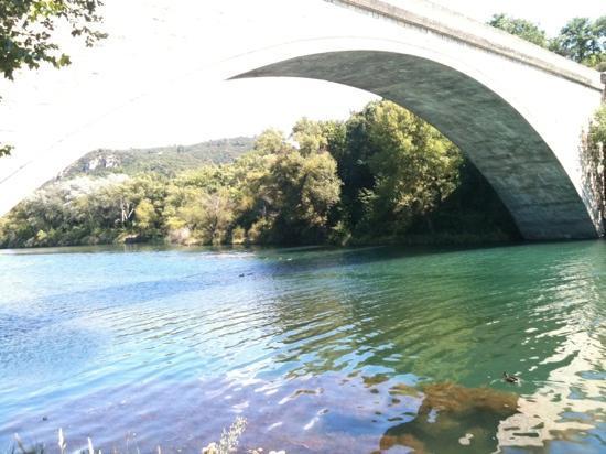Greoux les Bains, França: le pont sur le verdon