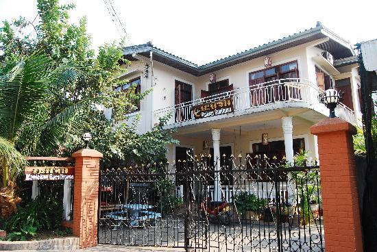 Guesthouse Manichan: Esterno della guesthouse.