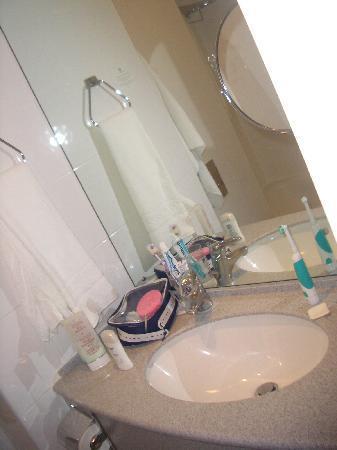 โรงแรมฮอลิเดย์อินน์ ลอนดอน เคนซิงตัน ฟอรั่ม: bagno