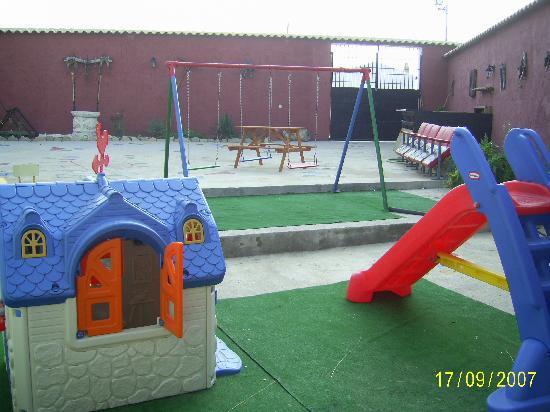 Casa Rural Casa del Comico: Zona  Infantil