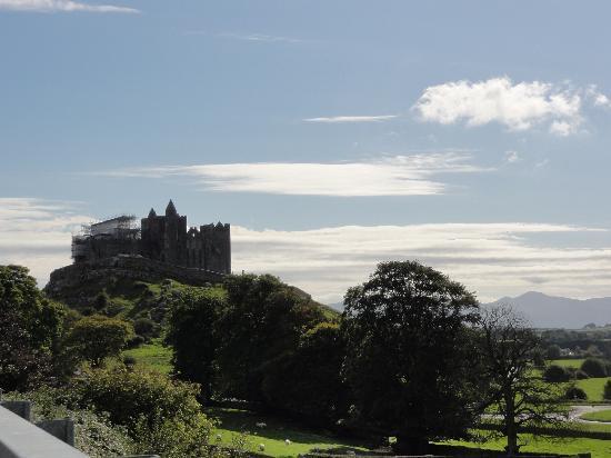 ร็อคออฟคาเชล: Rock of Cashel