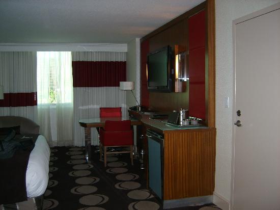 โรงแรมเดอะมิราจ & คาสิโน: King View room on 11th Floor