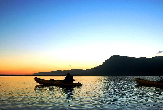 Stanford, แอฟริกาใต้: Kayak on the Klein River towards Hermanus Lagoon