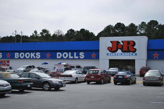 Selma, NC: JR Shopping Center