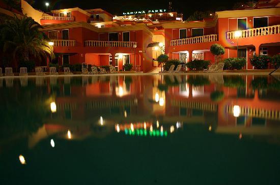 Laguna Park 2: overlooking the pool area at night