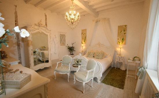 Domaine de Pine: The Francoise Room