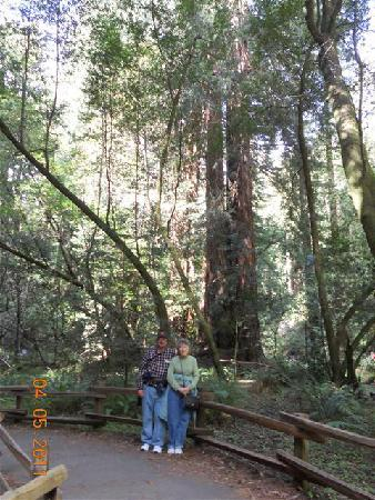 San Francisco Shuttle Tours: My girlfriend and I at the Woods
