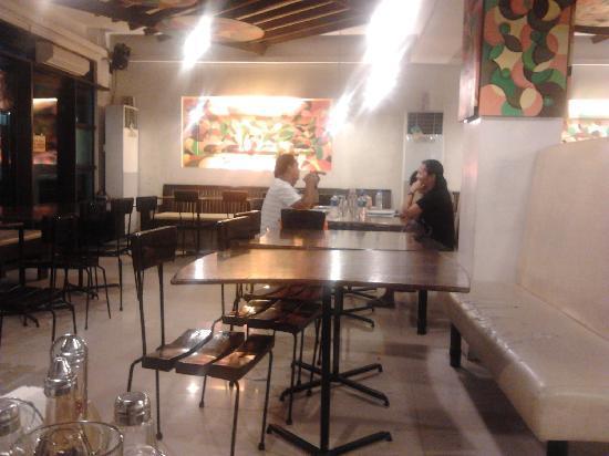 Ocho Seafood Grill: Main dining area2