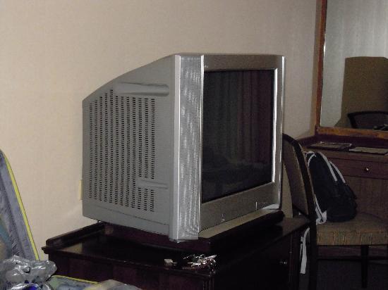 โรงแรมสีลม ซิตี้: TV