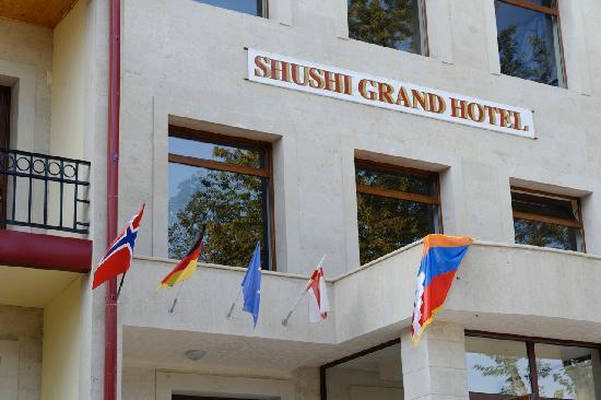 Shusha, Azerbaïdjan : International welcome...