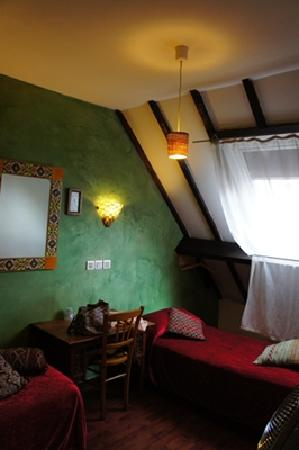 Hotel du Nord - Le Pari Vélo: FAMILY ROOM的兩張單人床