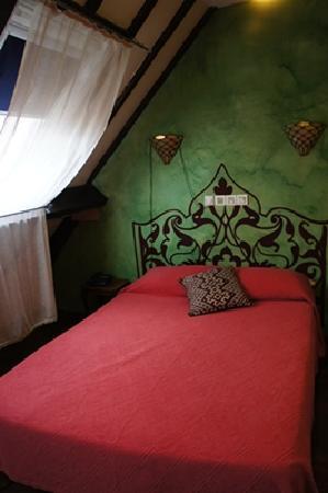 Hotel du Nord - Le Pari Vélo: FAMILY ROOM的主臥室