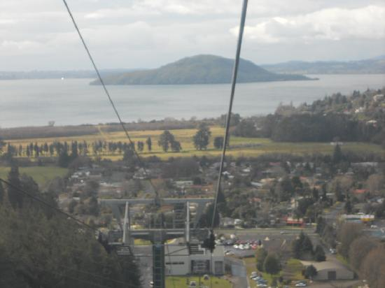 Skyline Rotorua: View in Gondala..going up