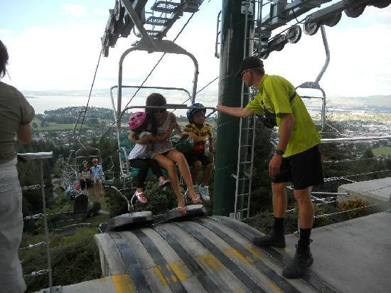 Skyline Rotorua: Hopping off..