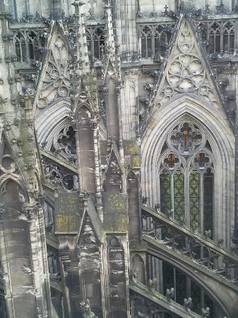 Cologne Cathedral (Dom): Detail Domansicht