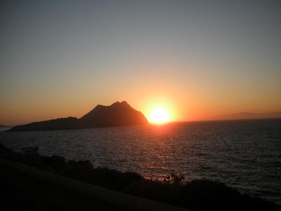 Agios Pavlos Studios: Sonnenuntergang auf der Terrasse