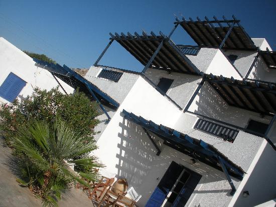 Agios Pavlos Studios: Die Studios