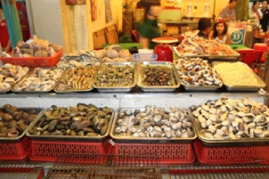 Vespa Adventures: the selection of seafood