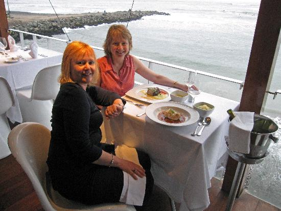 Monica Tours Peru: Delicious supper with a fabulous view