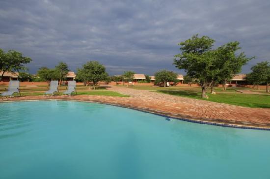 Damara Mopane Lodge Swimming Pool