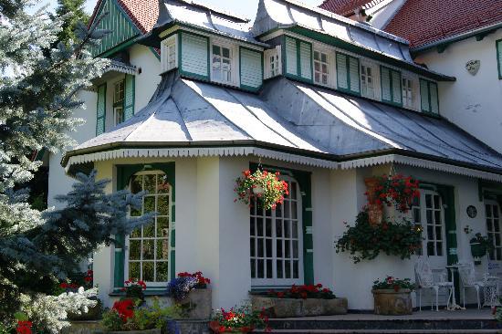 Garden Hotel: Aussenansicht