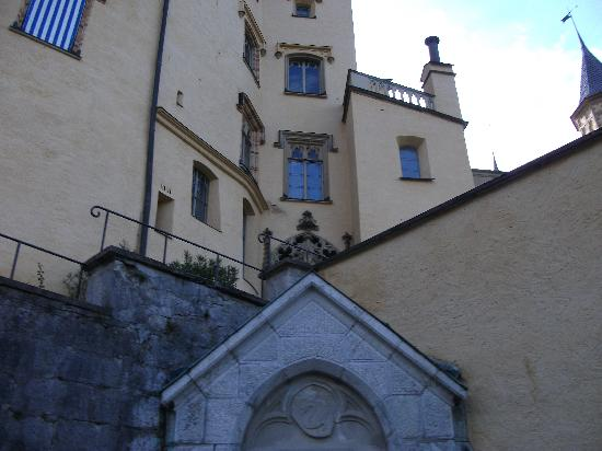 Schloss Hohenschwangau: Castle Grounds