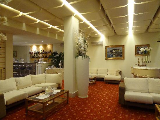 Grand Hotel Europa: lobby