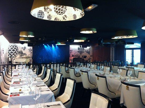 Le Village Russe: Restaurant - Cabaret