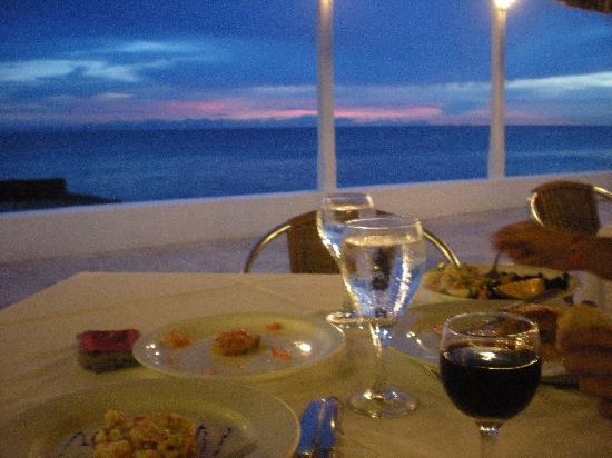 Viva Wyndham Dominicus Beach - An All-Inclusive Resort: dinner at sunset